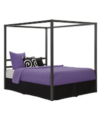 Gray Canopy Bed Frame: Queen (Mattress sold separate) Houston, 77080