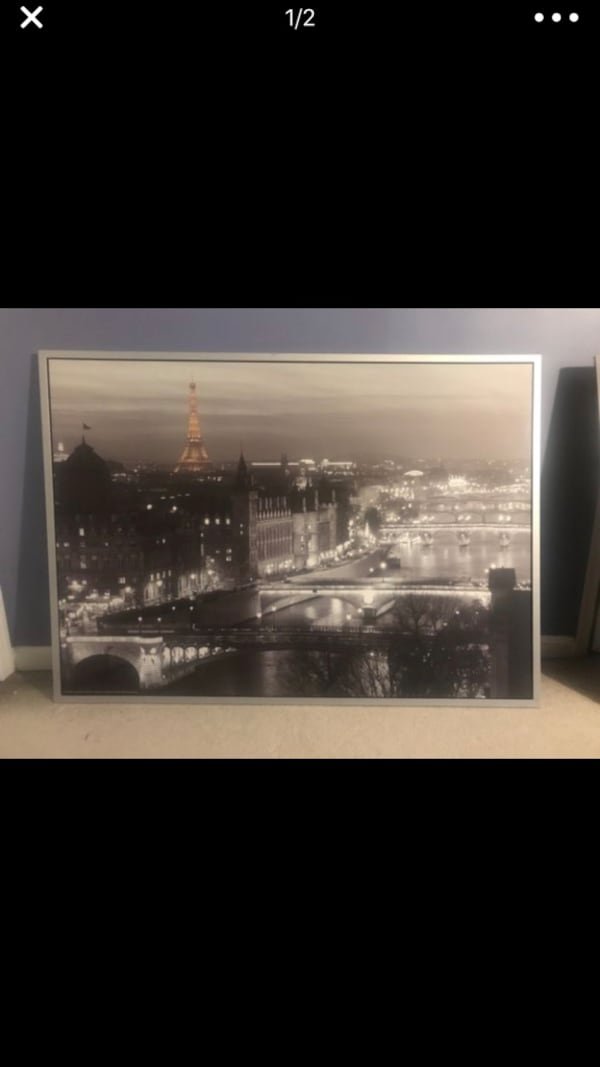 London portrait on silver painted wooden frame  8c454697-6e54-47b2-b606-acfb4eca5a71