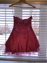 Girl's Cinderella dress, small, size 5-7 Vaughan, L4H 1A3