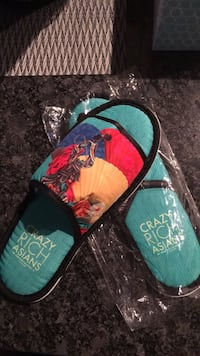 Brand New Crazy Rich Asian Flip Flops L Covington, 41011