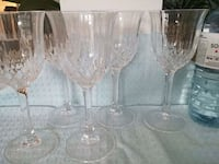 four clear cut wine glasses Richmond Hill, L4S 2W6
