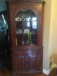 Wood cabinet  Baltimore, 21222