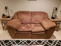 Love seat upholstered  Charles Town, 25414