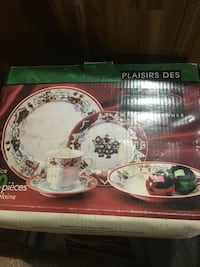 20 piece christmas set Laval, H7T 1W4