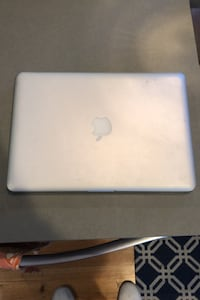 Macbook (brand new hard drive) Ardmore, 19003