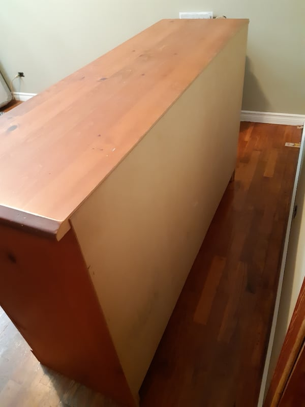 7 drawer dresser Pinewood 1