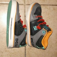 DC shoes youth size 11 London, N5W 1N6