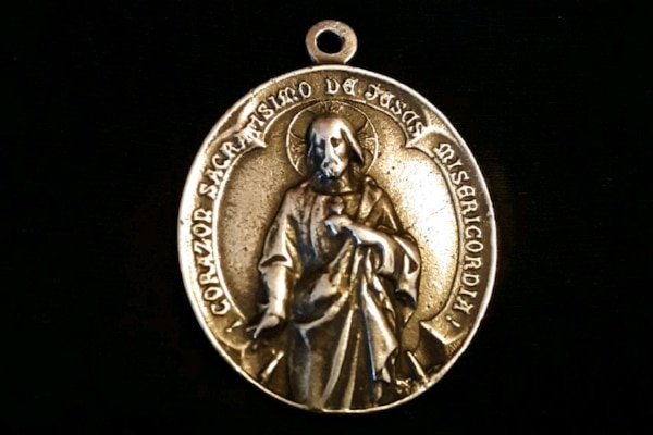 Silver Pend of Mother Of Guadalupe