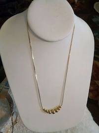 costume necklace gold look Grand Junction, 81503