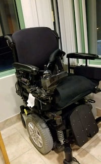 Electric wheelchair Newmarket, L3Y 4S2
