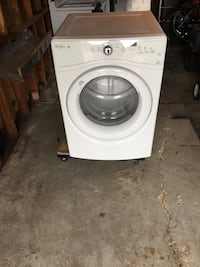 Very nice whirlpool washer one year old Also I have the matching dryer Roseville, 48066