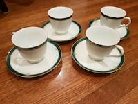 Set of 4 tea cup and sauce sets