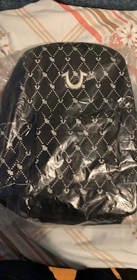 Black and white true religion bag brand new with t Toronto, M3N 2H2
