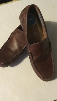 Pair of brown leather slip-on shoes Marion, 46953