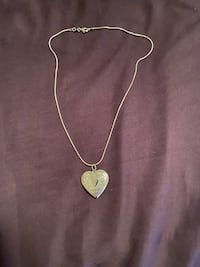 STERLING SILVER(925) LOCKET PICTURE WITH STERLING SILVER(925) CHAIN