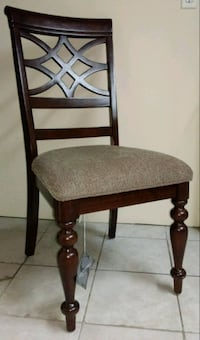 Set of 4 Dining Chairs r New