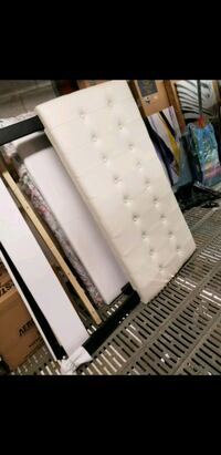 Cream white double/queen headboard Vaughan, L4L 8S9