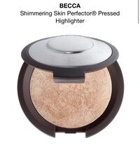Becca Shinmering Skin Perfector Pressed Highlighter in Opal Brampton, L6W 3R8