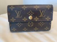 Authentic Louis Vuitton Large Trifold Wallet Toronto, M5G
