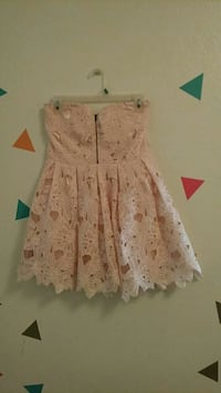 girl's pink lace mini dress