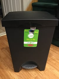 25 L / 6.6Gal Recycle step can with 2 removable liner Brampton, L6V 4K9