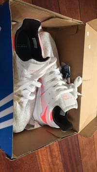 EQT support ADV pink and white size US 10 retail 160, condition: new Toronto, M4L 3T6