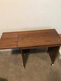 Sewing table  2295 mi