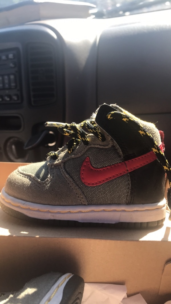 Used Shoes Nike size 5c toddlers for sale in San Francisco - letgo 41d755807