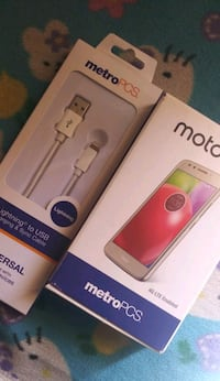 Metro Touch Phone OBO plus accessories San Diego, 92114