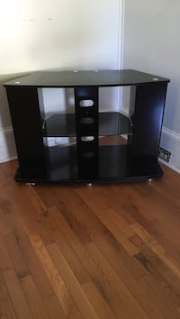 tv stand Hillsborough, 27278