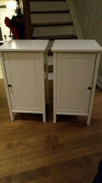 Pair of white night stands Toronto, M3A 1P6