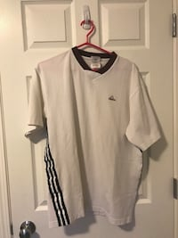 Vintage adidas t shirt jersey  Calgary, T3J 4S3