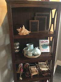 Ashley solid wood brown book shelf in mint condition Brampton, L6V