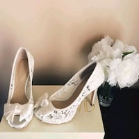 Off White laced Shoe by Joan & David Burke