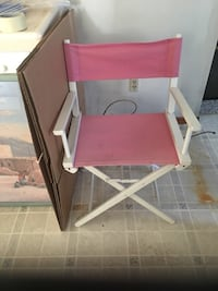Folding chair $2 Tulare, 93274