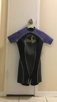 black and purple shorty wetsuit Mississauga, L5G 2Z4