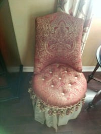 brown and pink floral padded chair Brampton, L6X 0Z7