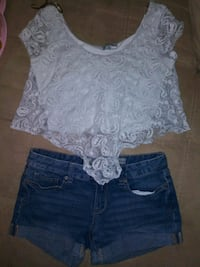 Aeropostale Shorts size 4 and blouse size M Des Moines, 50316