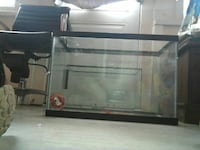 clear glass pet tank St. Catharines, L2M