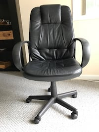 Black leather office rolling Black office-armchairs 2 separate ones ( $30each) Vienna, 22182