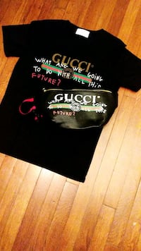 8783948ba Used Gucci Snake T-shirts (Black or White) for sale in Orlando - letgo