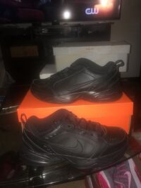 pair of black nike air low with box New York, 11420