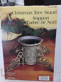 Christmas Tree Stand 26.40 lbs. Die-cast used only once   Haymarket, 20169