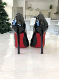 Christian Louboutin size 36 shoes Davie, 33314