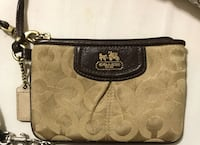 Coach wristlet small card holder coin purse wallet Mississauga, L5V 2Z3