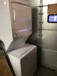 white stackable washer and dryer brand new condition gas