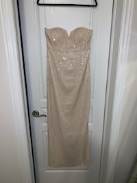 Long sequinned off-white dress / gown Brampton, L6Y 5X2