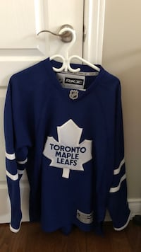 Blue and white toronto maple leafs jersey Vaughan, L4H 0H3