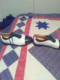 Nike golf of black-and-white leather flats 697 mi