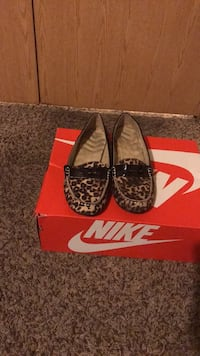 Women's black-and-brown leopard skin print flats Sumter, 29150